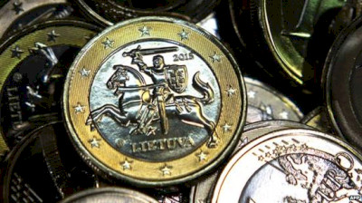 Lithuania has joined Baltic neighbours in euro club